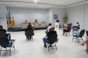 CACIS encerra as reuniões com os candidatos à Administração Municipal