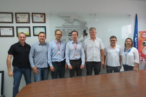 Diretores da CACIS se reúne com representante da RGE